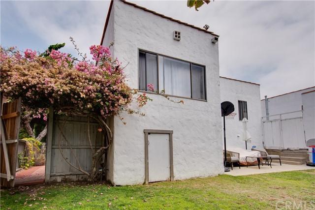 Active Under Contract | 703 El Redondo Avenue Redondo Beach, CA 90277 48