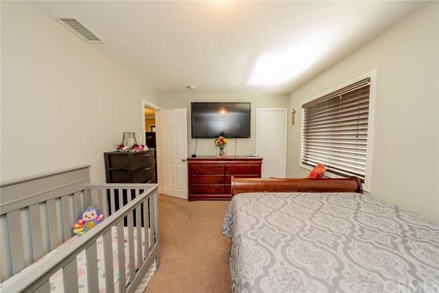 Pending | 123 W Nevada Street Ontario, CA 91762 22