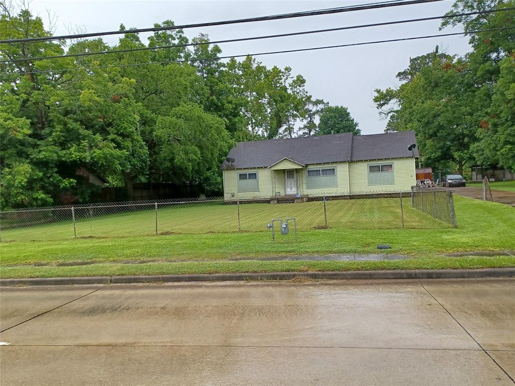 Active   8110 Ley Road Houston, Texas 77028 3