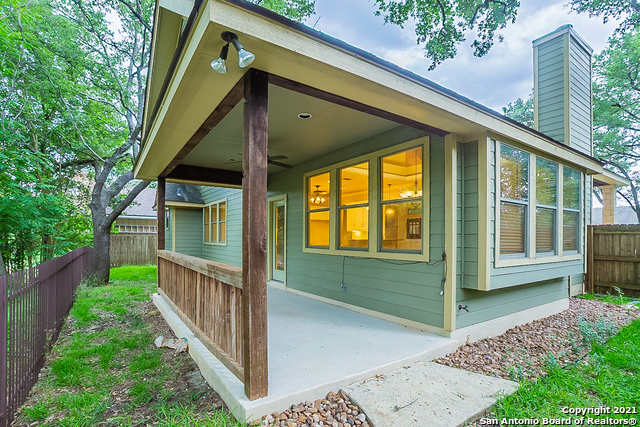 Pending | 118 Devonshire Rd Boerne, TX 78006 6