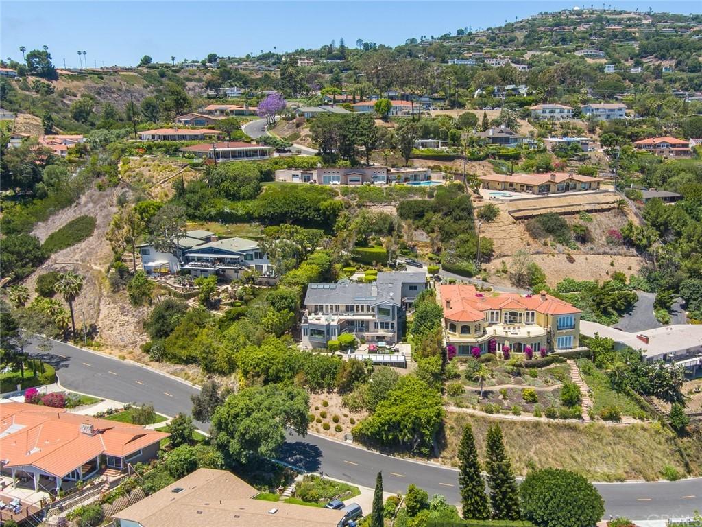 Active | 2135 Chandeleur Drive Rancho Palos Verdes, CA 90275 72