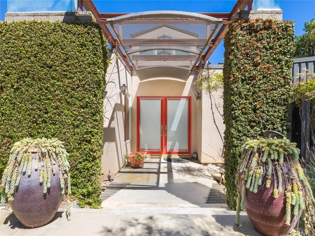 Active | 2135 Chandeleur Drive Rancho Palos Verdes, CA 90275 2