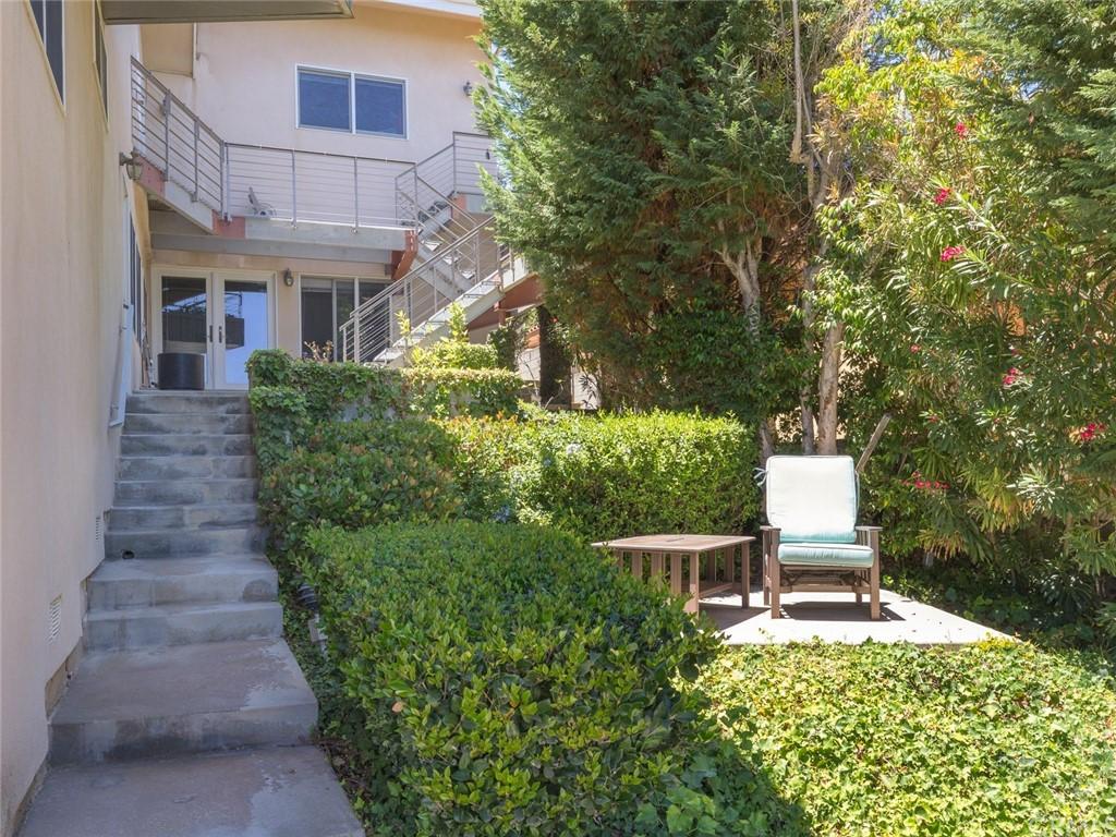 Active | 2135 Chandeleur Drive Rancho Palos Verdes, CA 90275 68