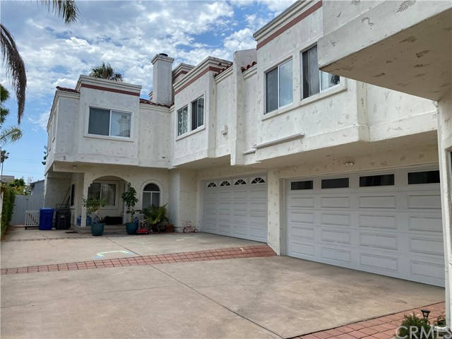 Active   2004 Voorhees Avenue #B Redondo Beach, CA 90278 12