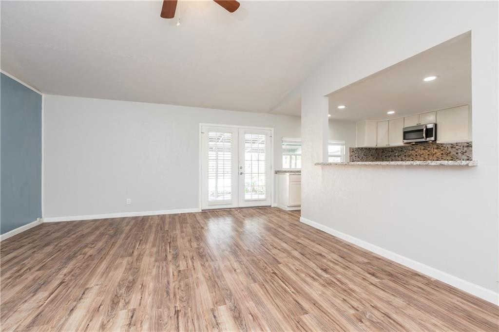 Sold Property | 7215 Flameleaf Place Dallas, Texas 75249 10