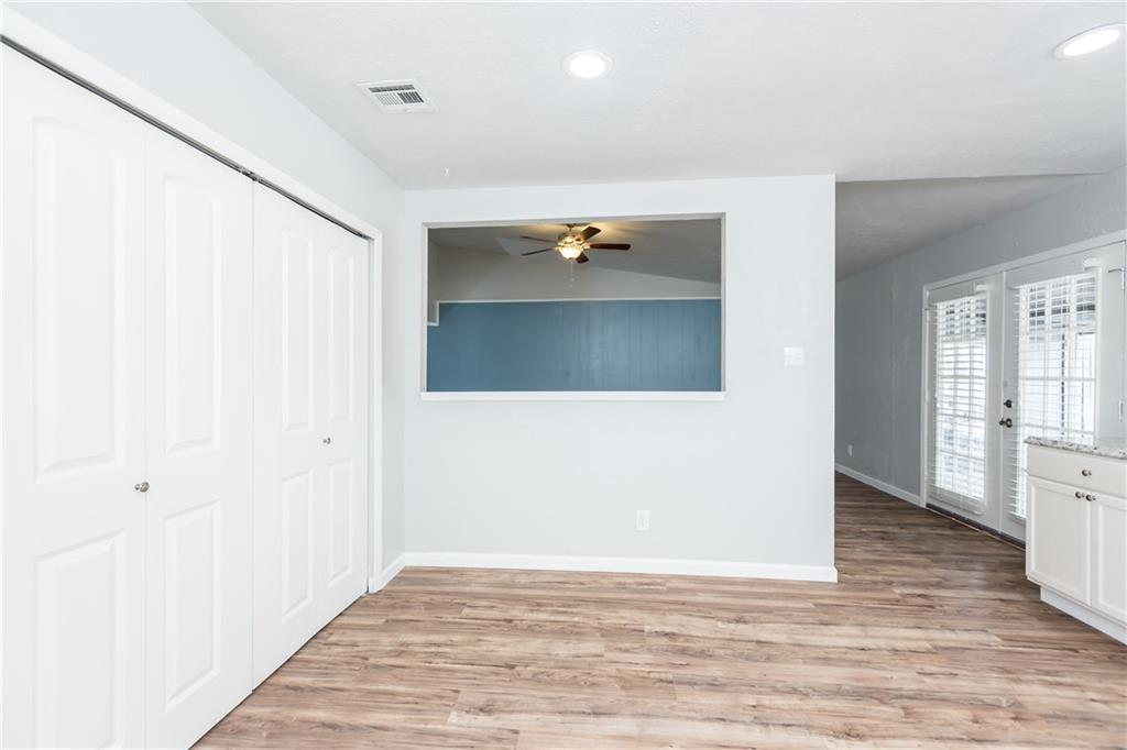 Sold Property | 7215 Flameleaf Place Dallas, Texas 75249 18