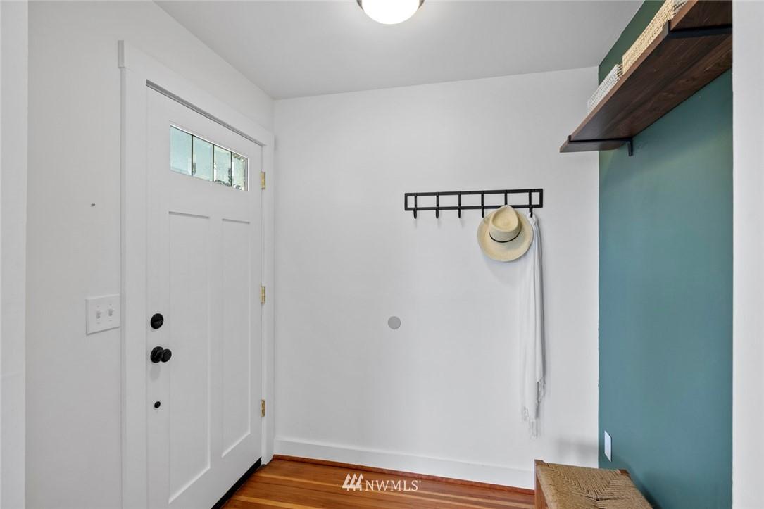 Sold Property | 3117 E Pike Street Seattle, WA 98122 1