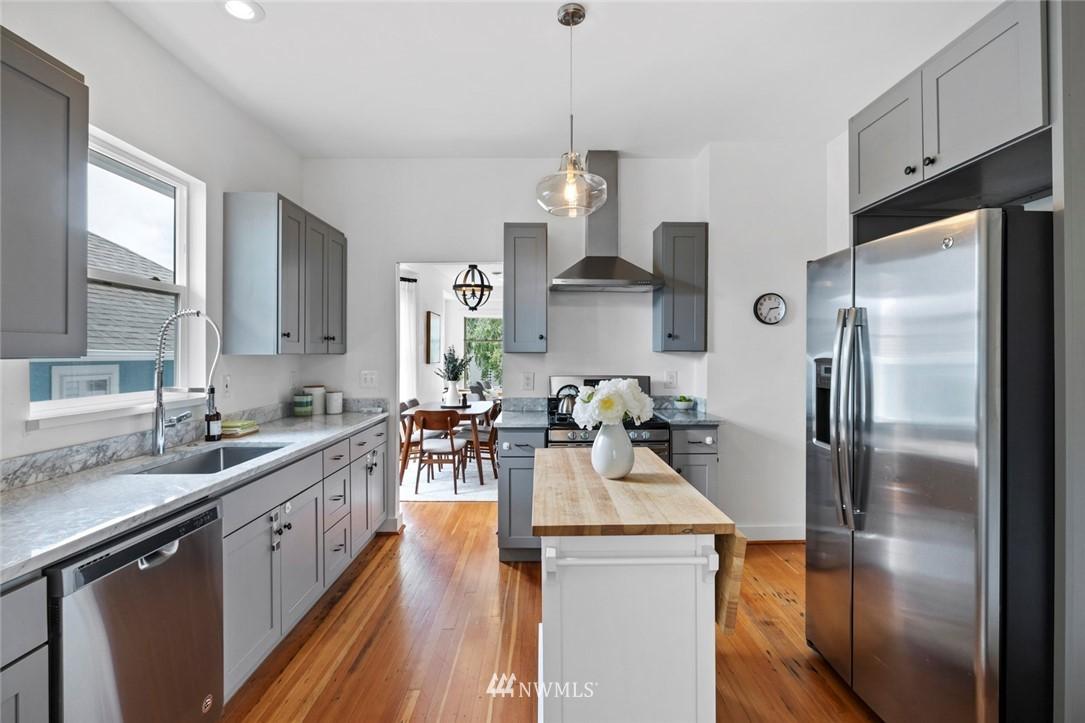 Sold Property | 3117 E Pike Street Seattle, WA 98122 7