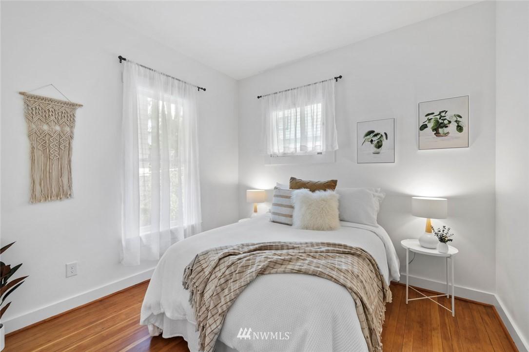 Sold Property | 3117 E Pike Street Seattle, WA 98122 11