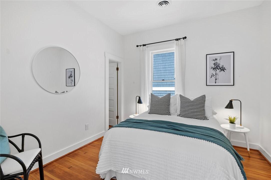 Sold Property | 3117 E Pike Street Seattle, WA 98122 12