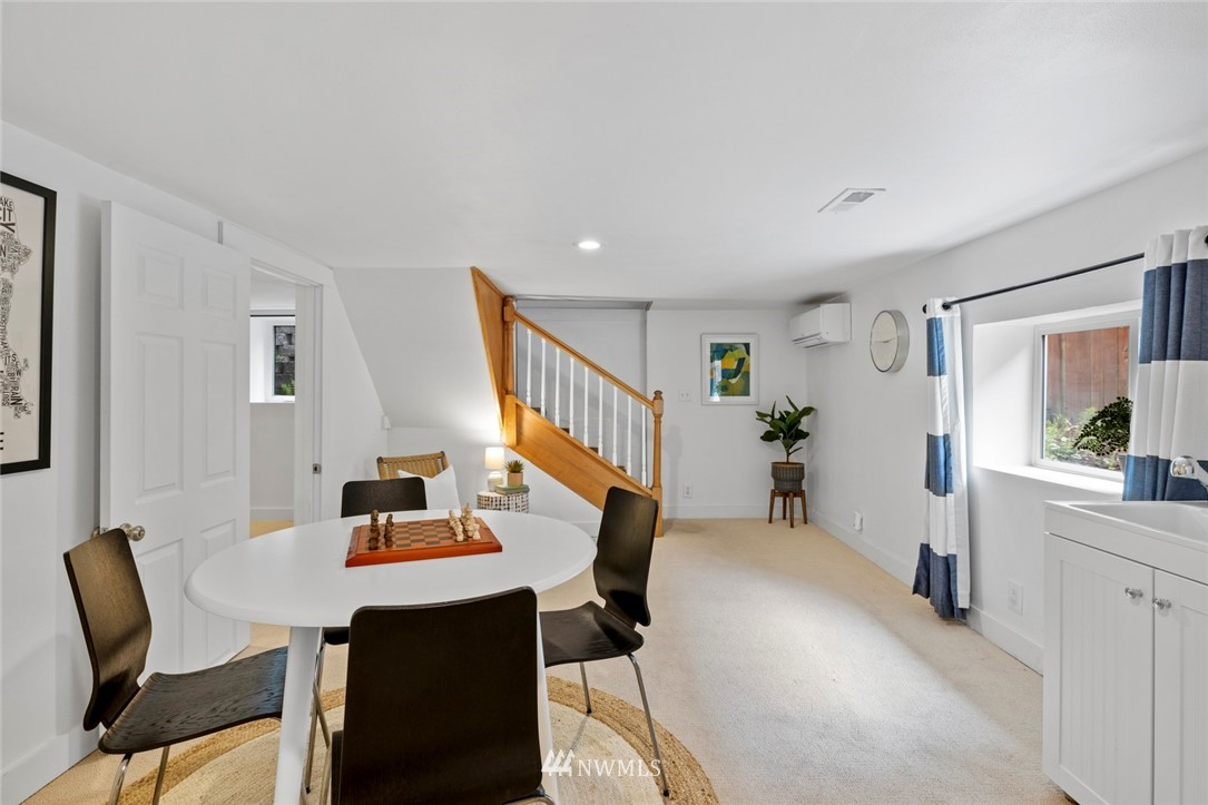 Sold Property | 3117 E Pike Street Seattle, WA 98122 14