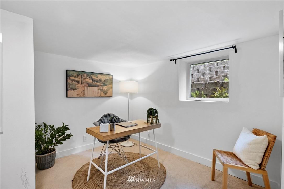Sold Property | 3117 E Pike Street Seattle, WA 98122 18