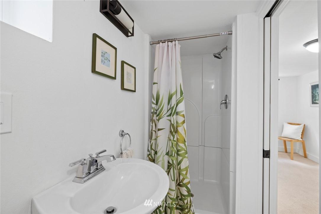 Sold Property | 3117 E Pike Street Seattle, WA 98122 21