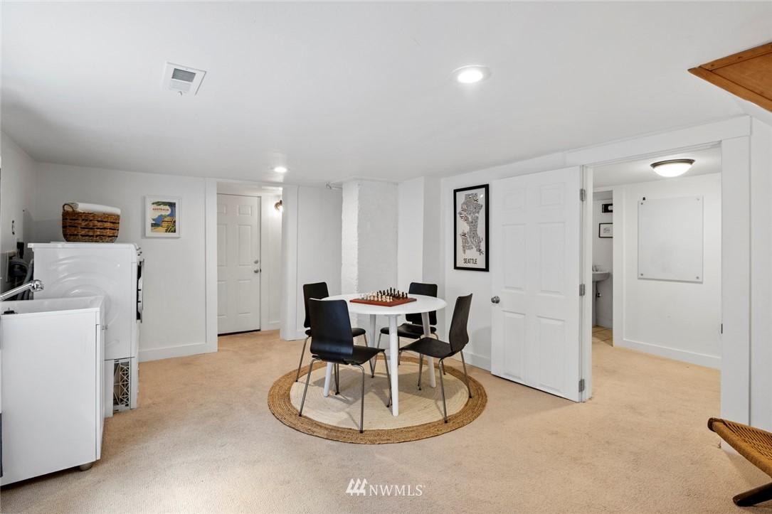 Sold Property | 3117 E Pike Street Seattle, WA 98122 22