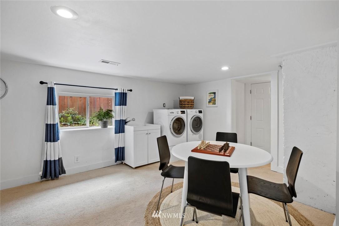 Sold Property | 3117 E Pike Street Seattle, WA 98122 23