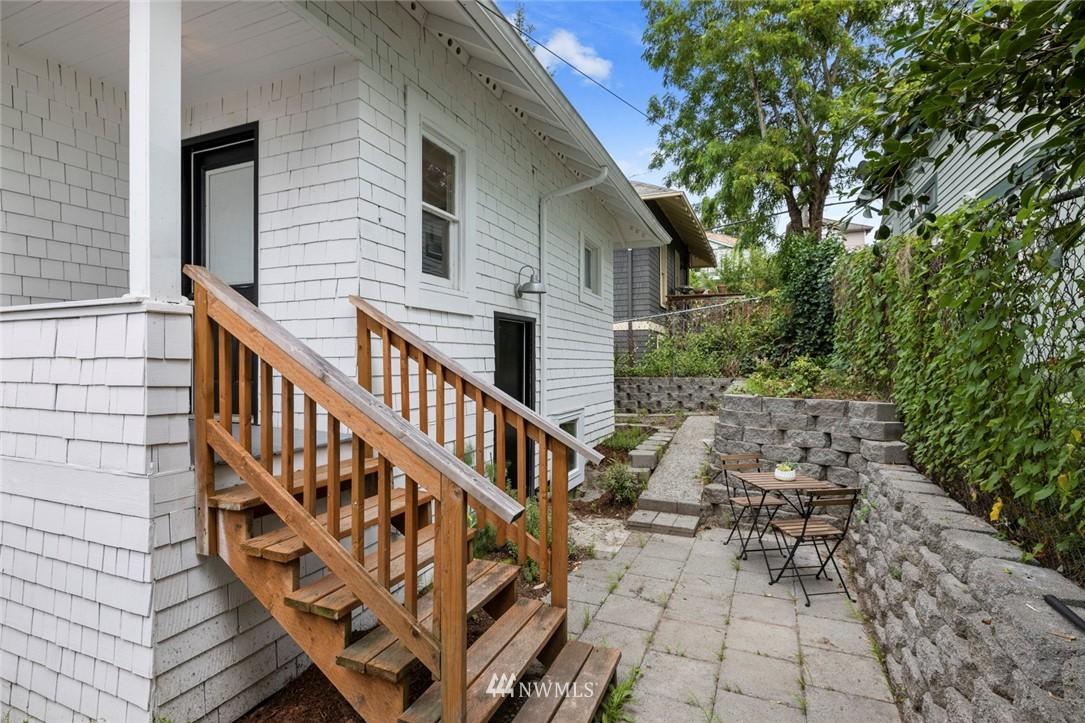 Sold Property | 3117 E Pike Street Seattle, WA 98122 25