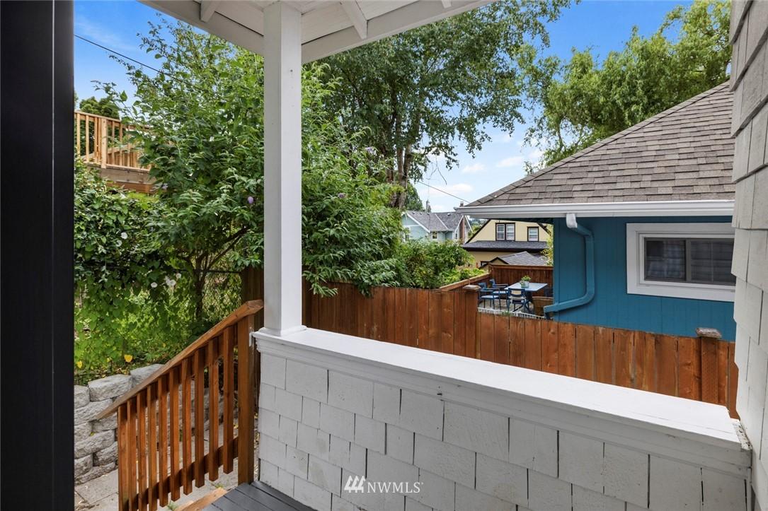 Sold Property | 3117 E Pike Street Seattle, WA 98122 26