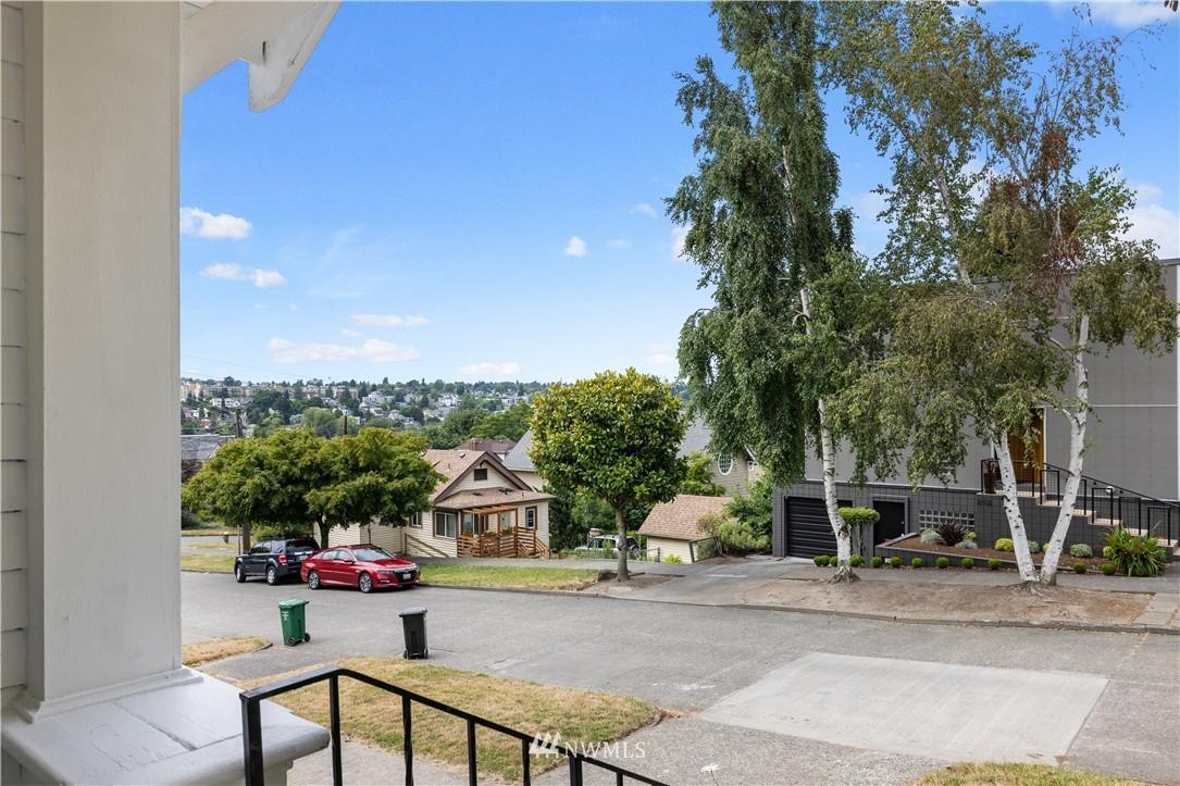 Sold Property | 3117 E Pike Street Seattle, WA 98122 28