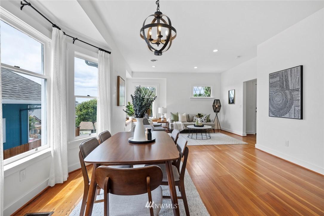 Sold Property | 3117 E Pike Street Seattle, WA 98122 32
