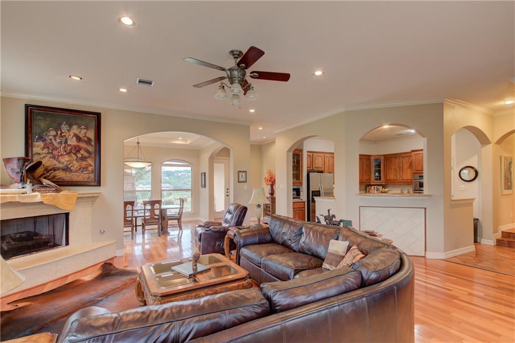 Active | 20600 Highland Lake Drive Lago Vista, TX 78645 0