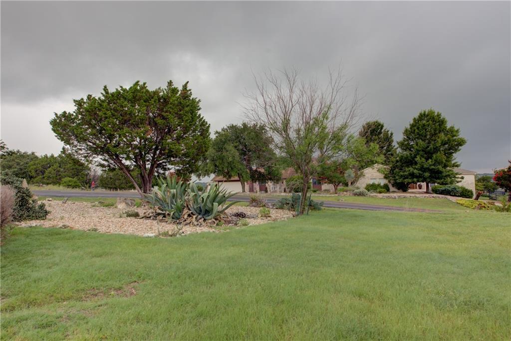 Active | 20600 Highland Lake Drive Lago Vista, TX 78645 37