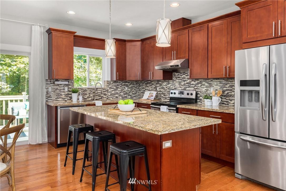 Sold Property | 19222 NE 12th Avenue Shoreline, WA 98155 4