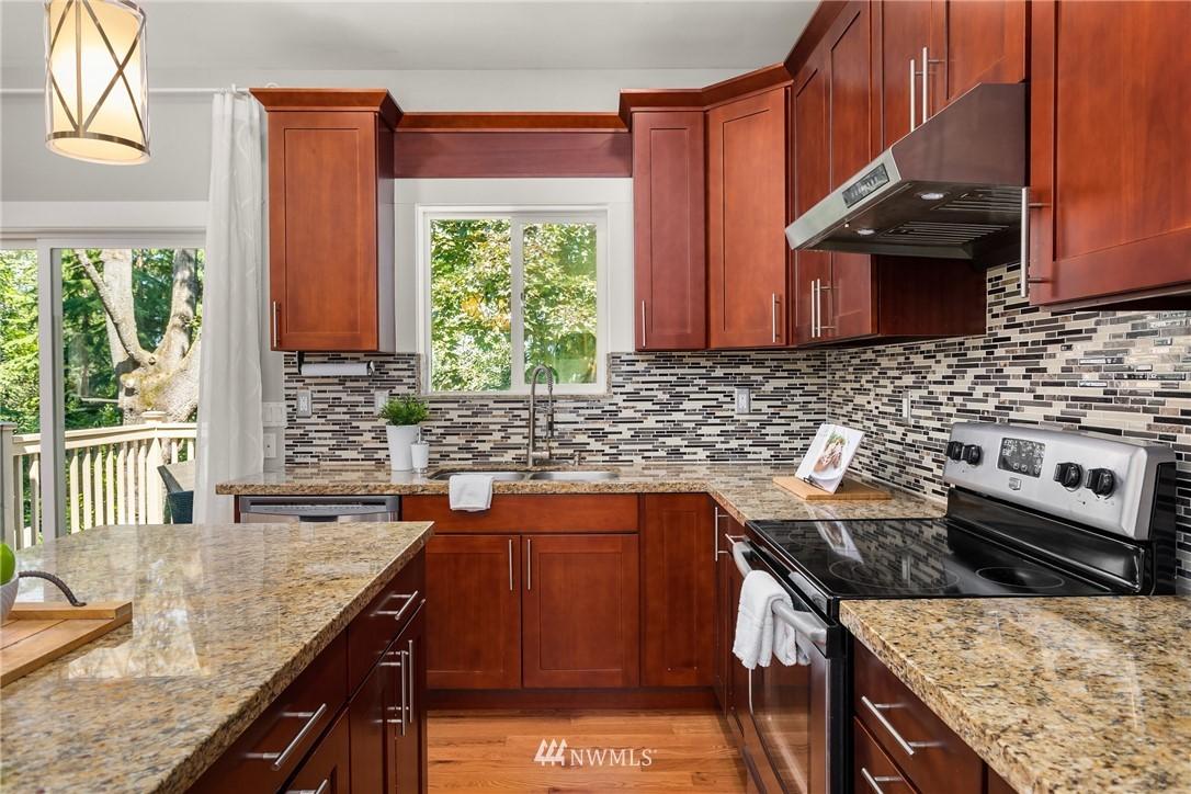 Sold Property | 19222 NE 12th Avenue Shoreline, WA 98155 5