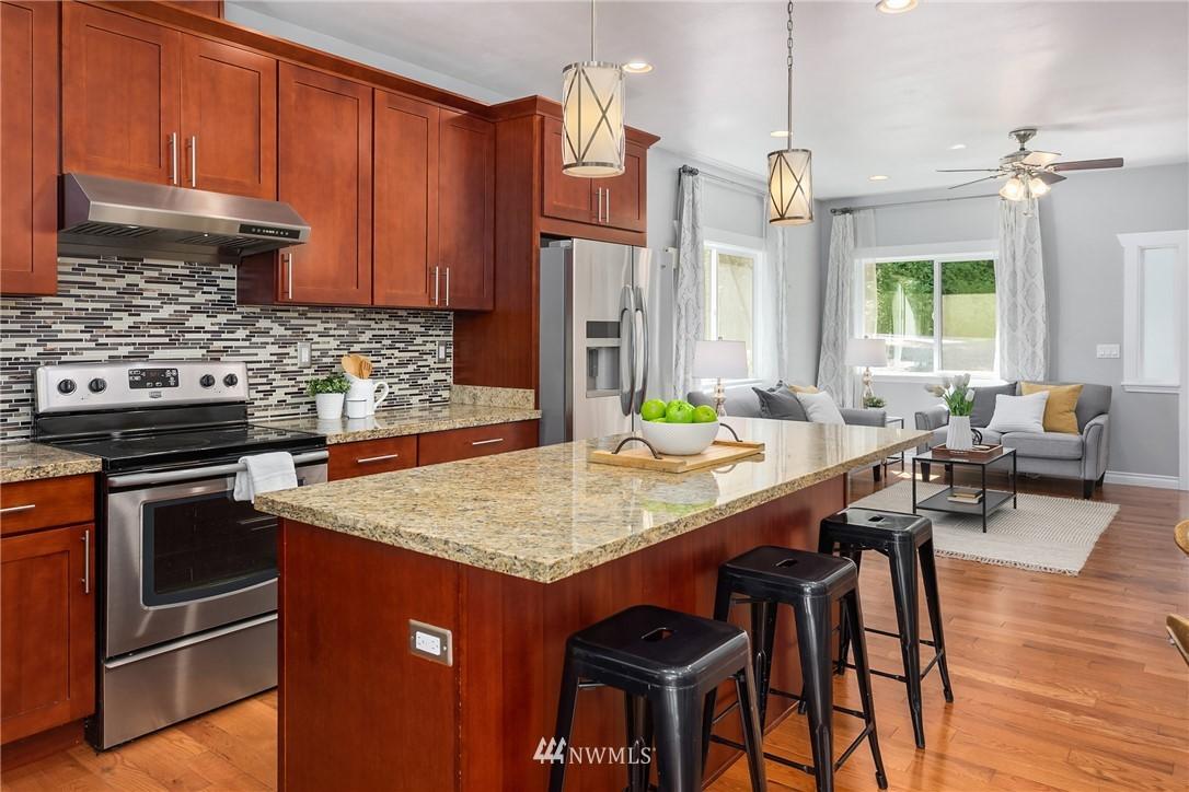 Sold Property | 19222 NE 12th Avenue Shoreline, WA 98155 7
