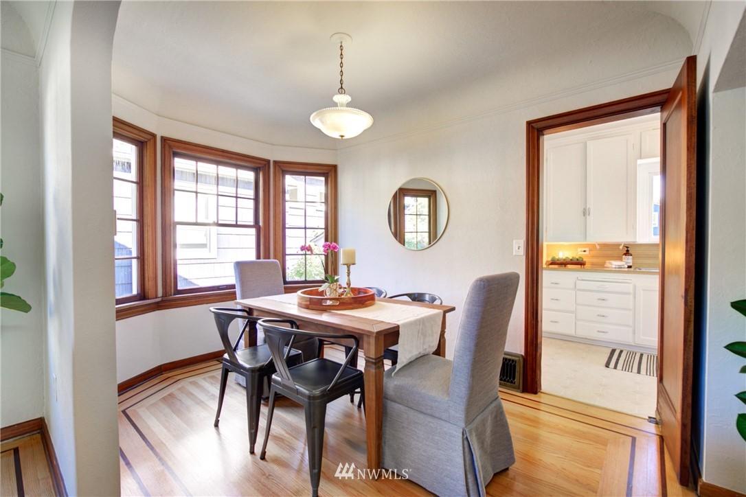 Sold Property | 825 NE 92nd Street Seattle, WA 98115 10