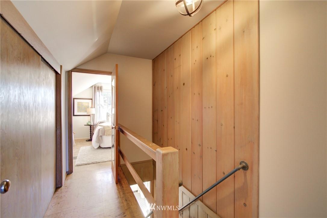 Sold Property | 825 NE 92nd Street Seattle, WA 98115 20