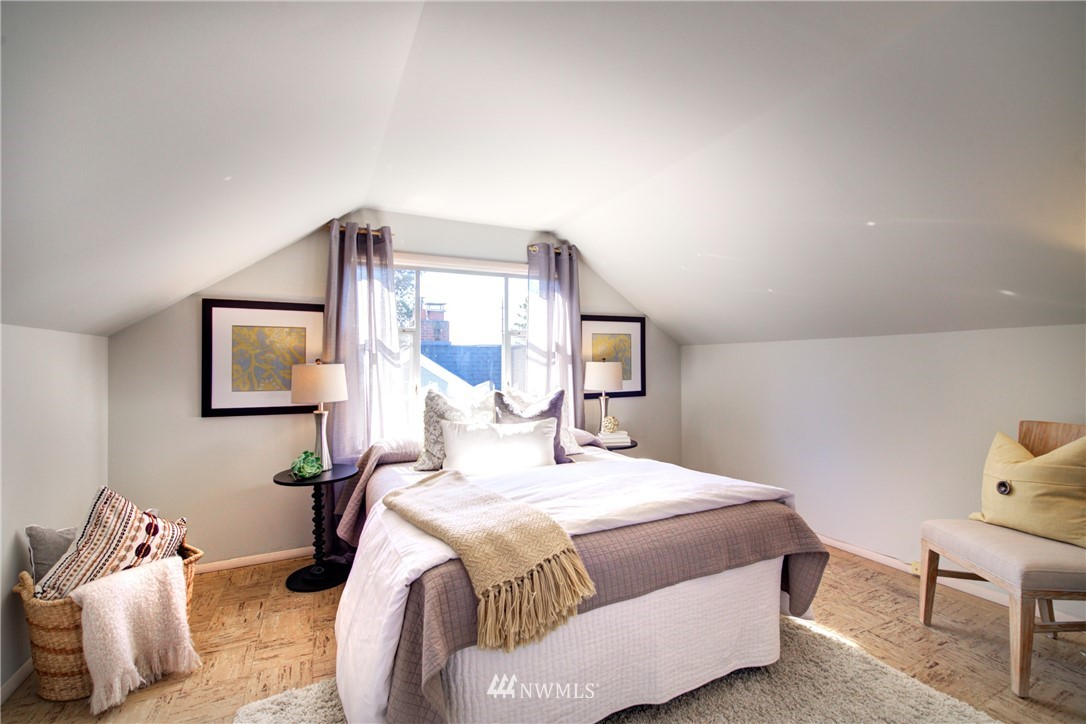 Sold Property | 825 NE 92nd Street Seattle, WA 98115 21