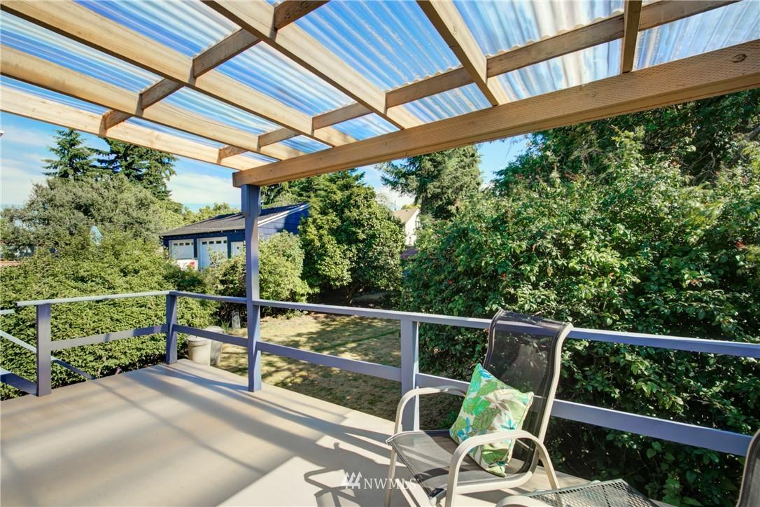 Sold Property | 825 NE 92nd Street Seattle, WA 98115 28