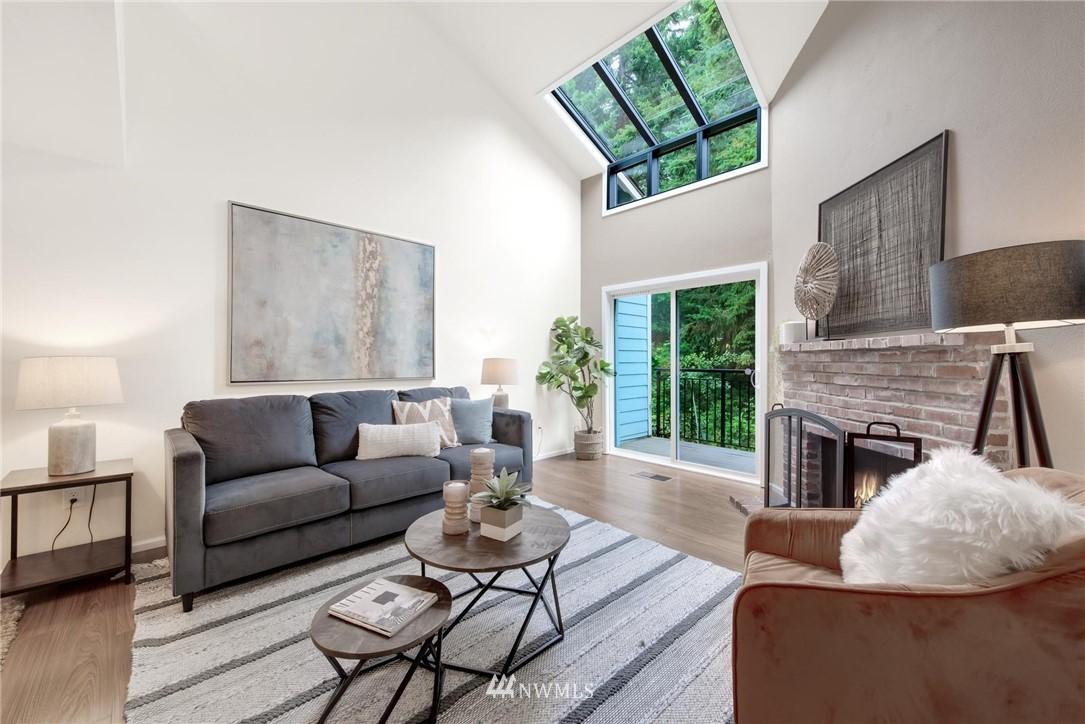 Sold Property | 738 N 161st #19 Shoreline, WA 98133 2