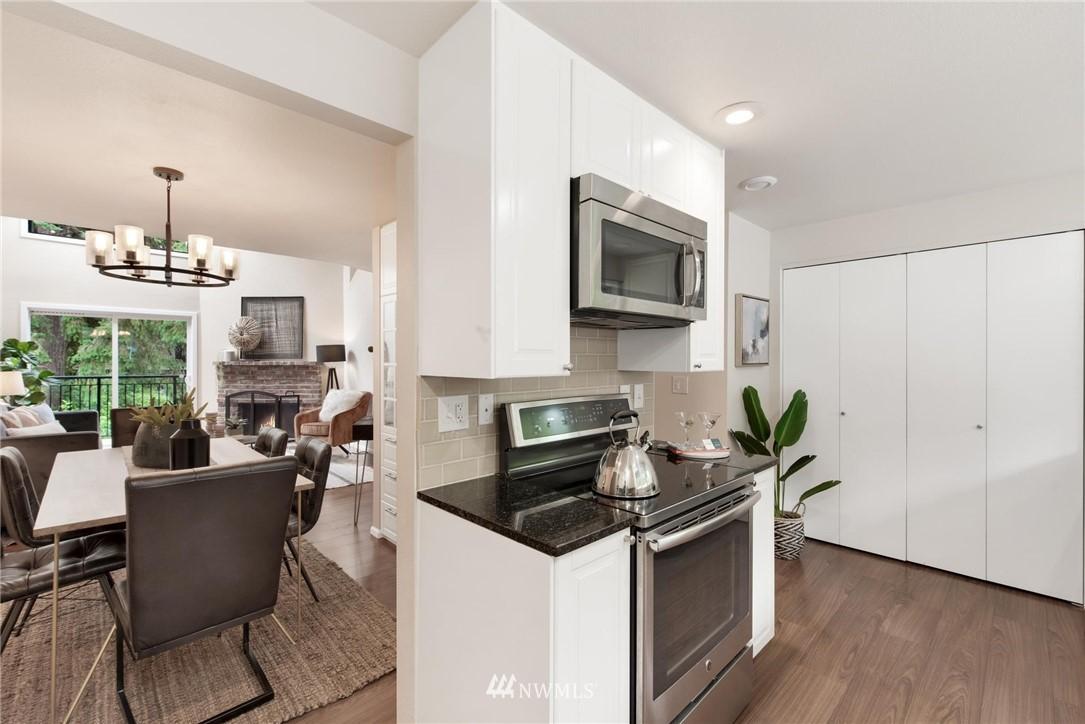Sold Property | 738 N 161st #19 Shoreline, WA 98133 9