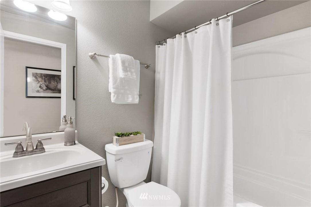 Sold Property | 738 N 161st #19 Shoreline, WA 98133 10