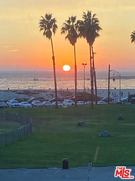 Active | 6690 Vista Del Mar #G Playa del Rey, CA 90293 0
