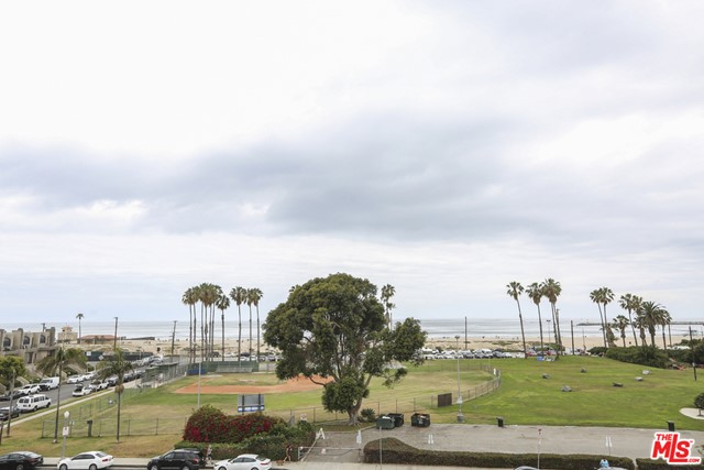 Active | 6690 Vista Del Mar #G Playa del Rey, CA 90293 23