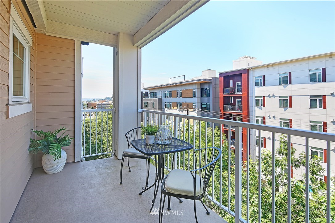 Sold Property | 1545 NW 57th Street #527 Seattle, WA 98107 0