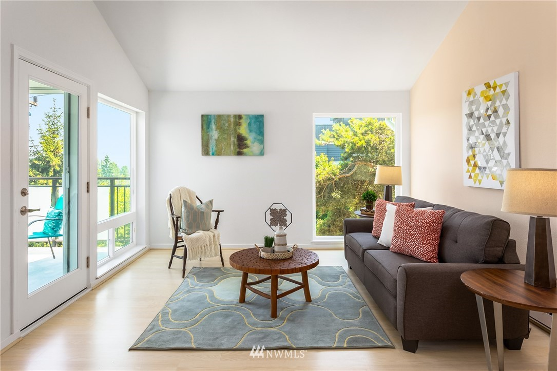 Sold Property | 2510 W Bertona Street #435 Seattle, WA 98199 4
