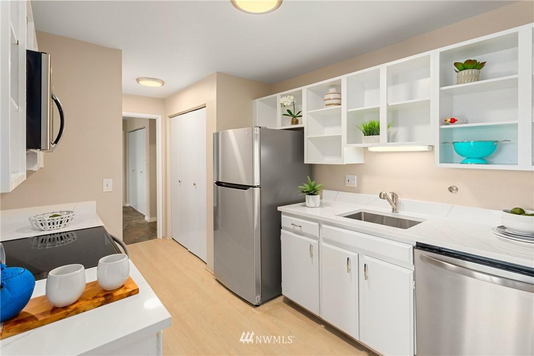 Sold Property | 2510 W Bertona Street #435 Seattle, WA 98199 11