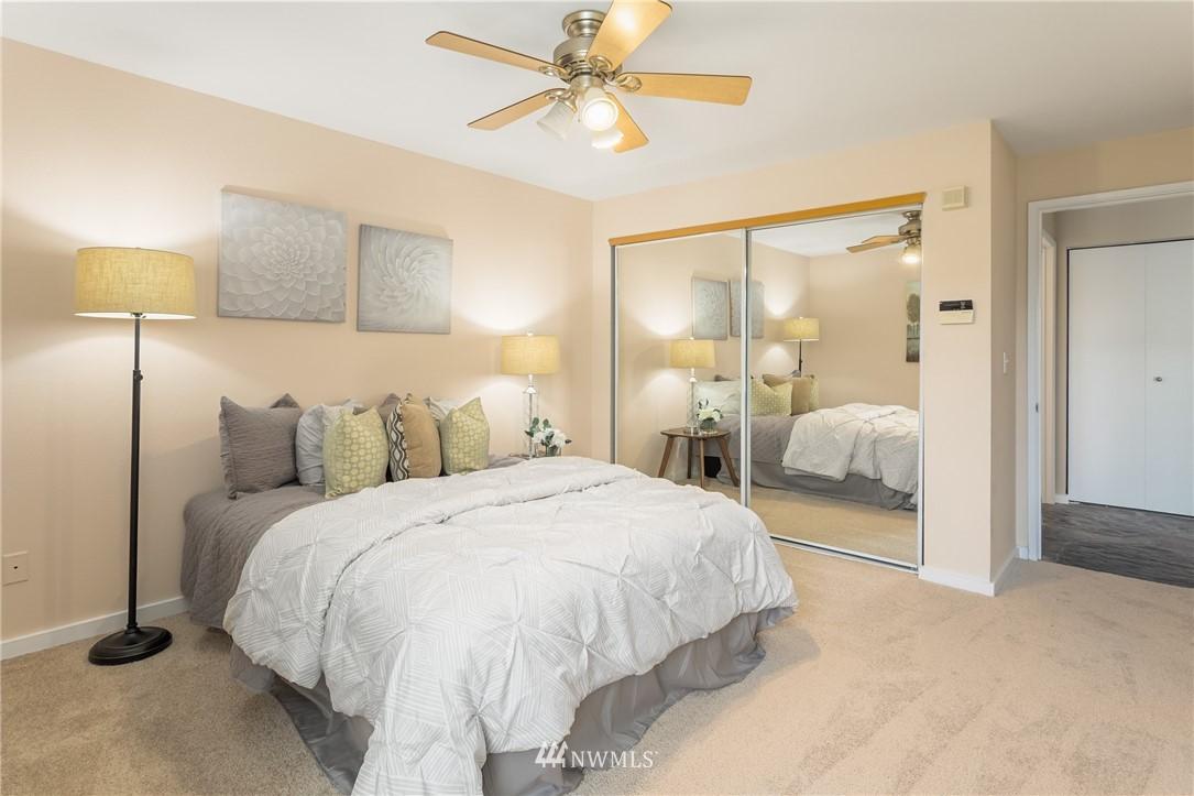 Sold Property | 2510 W Bertona Street #435 Seattle, WA 98199 17