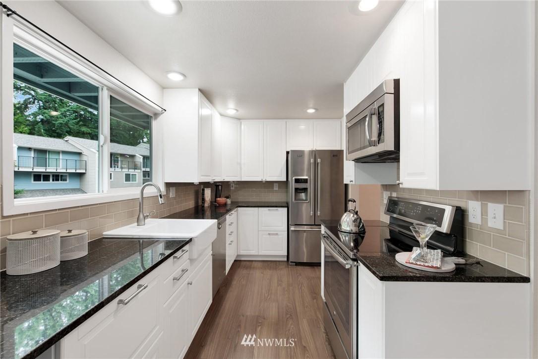 Sold Property | 738 N 161st #19 Shoreline, WA 98133 7