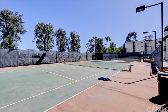 Closed | 8675 Falmouth Avenue #207 Playa del Rey, CA 90293 22