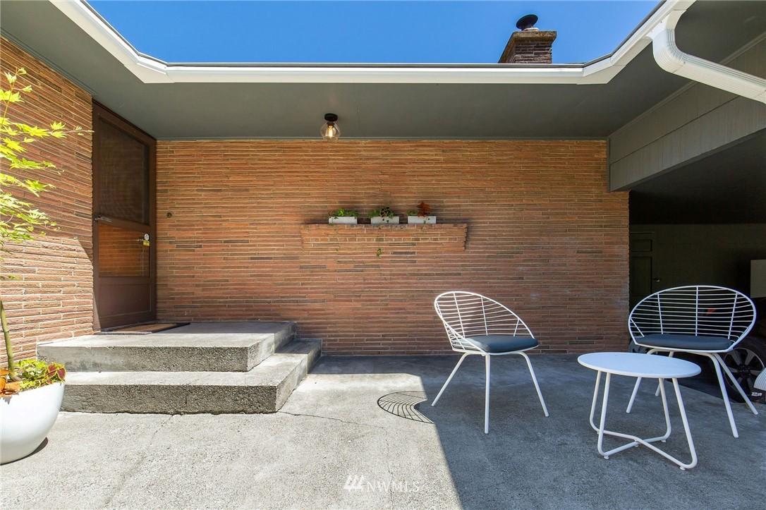 Sold Property | 17122 25th Avenue NE Lake Forest Park, WA 98155 2