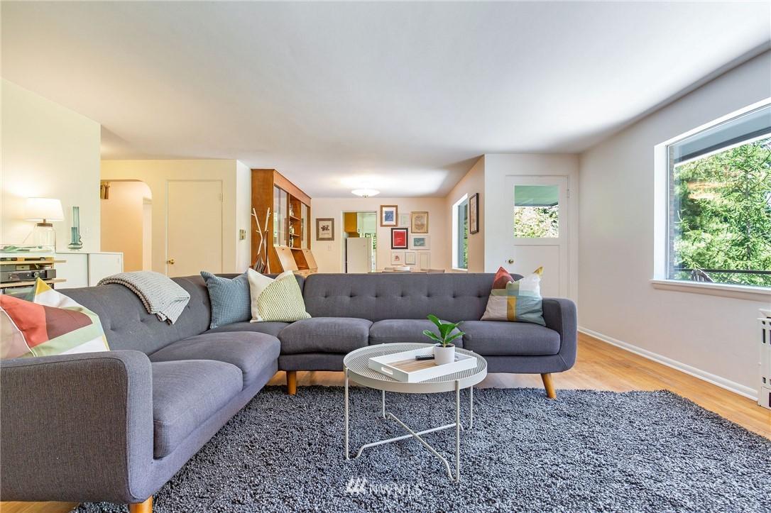 Sold Property | 17122 25th Avenue NE Lake Forest Park, WA 98155 5