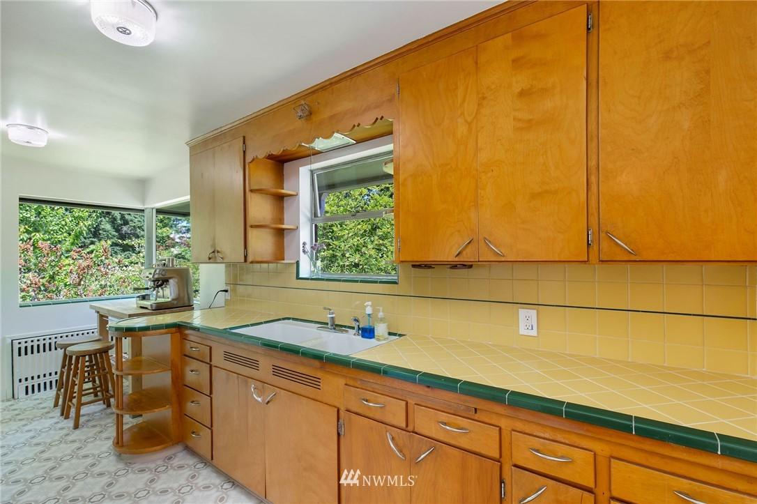 Sold Property | 17122 25th Avenue NE Lake Forest Park, WA 98155 10
