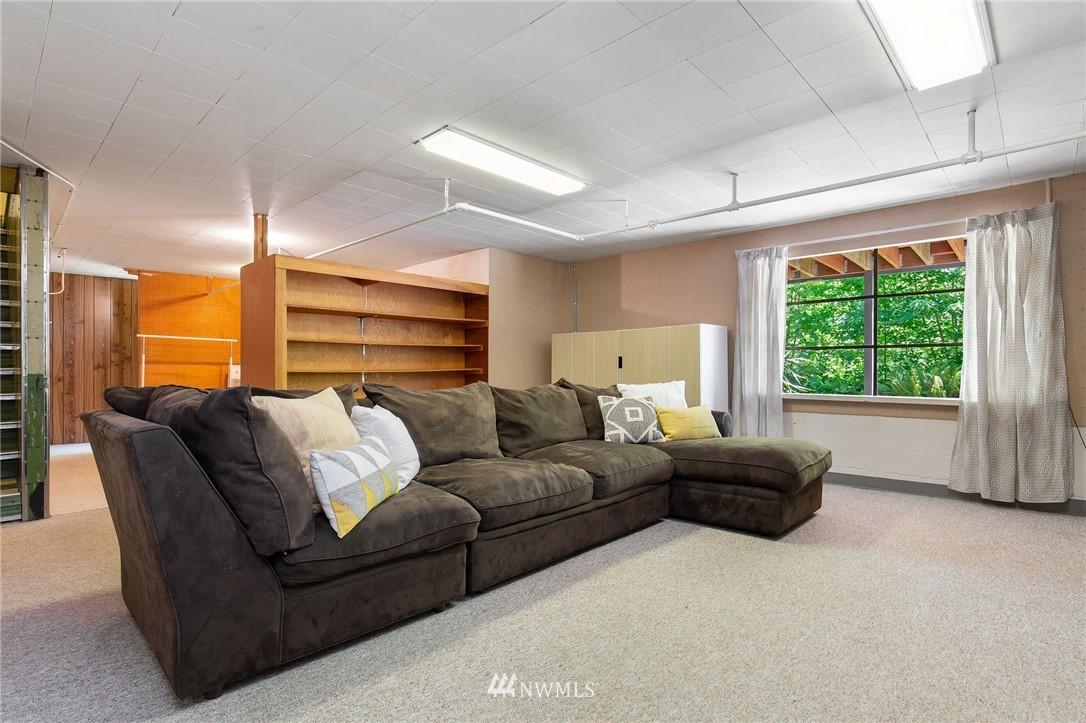 Sold Property | 17122 25th Avenue NE Lake Forest Park, WA 98155 15