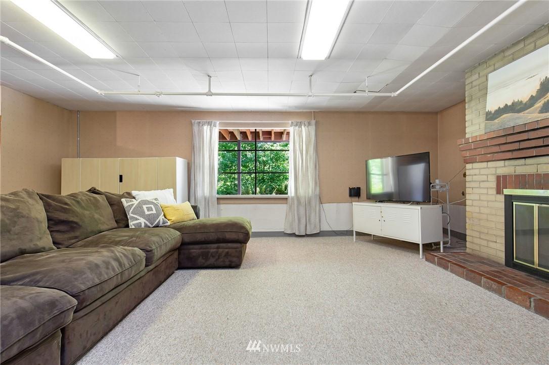 Sold Property | 17122 25th Avenue NE Lake Forest Park, WA 98155 16