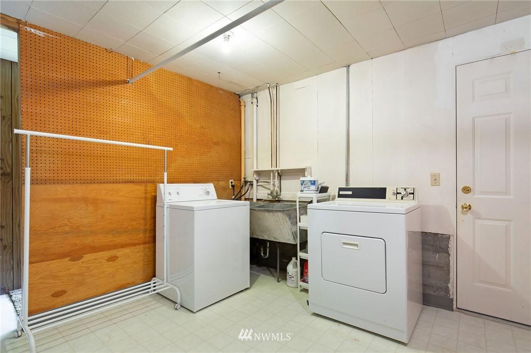Sold Property | 17122 25th Avenue NE Lake Forest Park, WA 98155 17