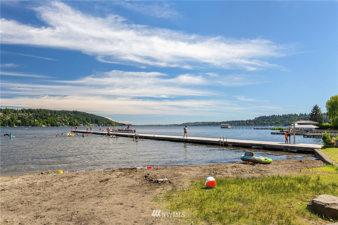 Sold Property | 17122 25th Avenue NE Lake Forest Park, WA 98155 26